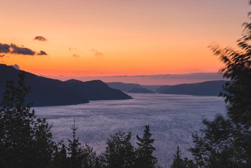 Promotion Saguenay - vue sur le Saguenay, coucher de soleil.jpg